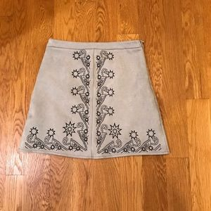 LF Store seek Suede Embroidered Skirt m